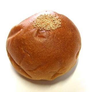 黒千石あんぱん(Boulangerie et Cafe Main Mano)