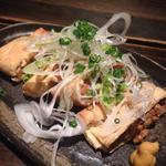 揚げ納豆(蕎麦屋 山都)