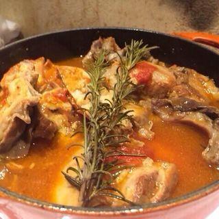 ギアラのトマトソース煮込み(煮こみや なりた)