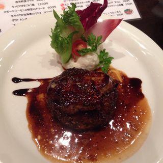 飛騨牛ハンバーグとフォワグラのロッシーニ風(新瑞フレンチ )