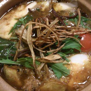 スープカレー(トマトとモッツァレラチーズ)(Curry Shop ALLEGLA)
