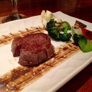 黒毛和牛ステーキ シャトーブリアン(鉄板Dining 芳)