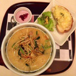 キムチバラ甘麺味噌豚骨スープ あんみつ姫セット(麺処 甘)