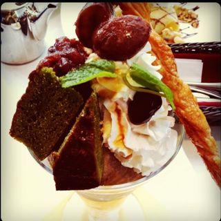 ミニパフェ&ケーキセット(グラン カフェ (The Grand Cafe))