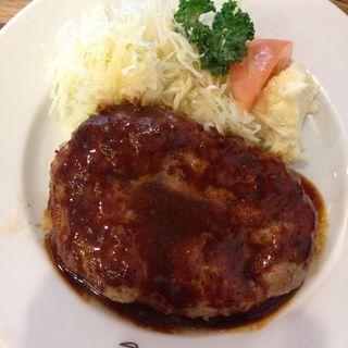 ハンバーグステーキ(キッチンミルポワ)