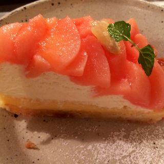 白桃のタルト(海と畑の台所 Cocopelli Shrimp (ココペリシュリンプ))
