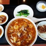 酸辛湯麺セット