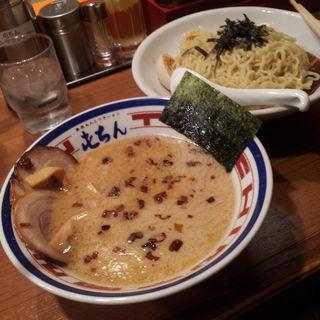 東京とんこつ つけ麺(屯ちん 池袋本店 (とんちん))