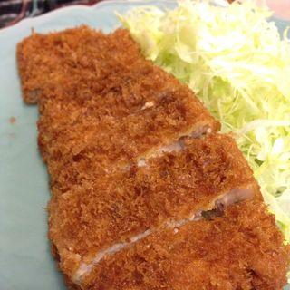 ロースかつ定食(三平)