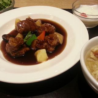 日替わりランチセット 酢豚(謝朋殿 恵比寿店)