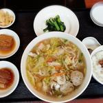 クロレラ入り海鮮湯麺セット