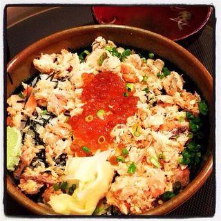 鮭いくら親子丼(魚真 乃木坂店 (うおしん))