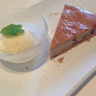 黒糖とりんごのチーズケーキ(ひより 水口店 )