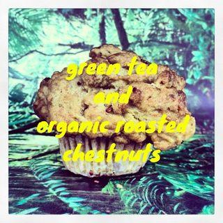 抹茶と甘栗のVegan muffin (レディーフォーザウィークエンドバー ウィズ スカイハイ (Ready for the Weekend BAR with Sky High))