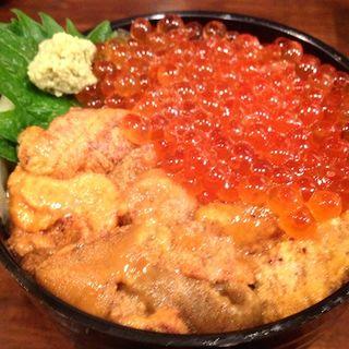 うにいくら丼(食事処 魚屋の台所 札幌市中央卸売場外市場店 (さかなやのだいどころ))