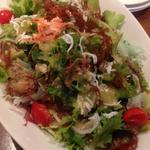 釜揚げしらすと桜海老の海藻サラダ