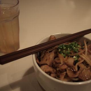 豚丼定食(小樽食堂 花火 (オタルショクドウハナビ))