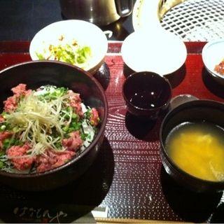 牛たたき丼(はなもんや )