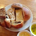 ガレットランチ(パン食べ放題)のパン