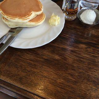 ホットケーキ(生クリーム付き)(トミィ )
