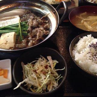 すき焼きランチセット(居酒屋 金太郎 )