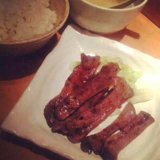 牛タン焼き定食(牛たん一徹 (ギュウタンイッテツ))