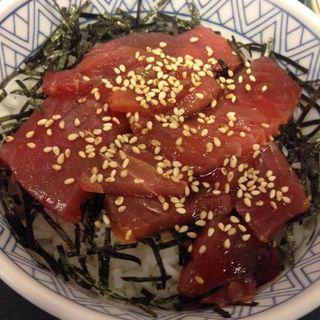 漬けマグロ丼(神戸らんぷ亭銀座店)