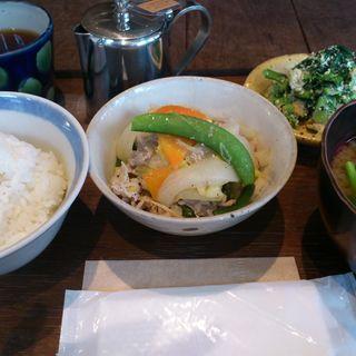 お昼のご飯セット(Tea room mahisa okamoto (ティールーム マヒシャ))