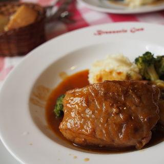 MenuA (豚バラ肉の赤ワインビネガー煮込み)(ブラッスリー・グー (Brasserie Gus))