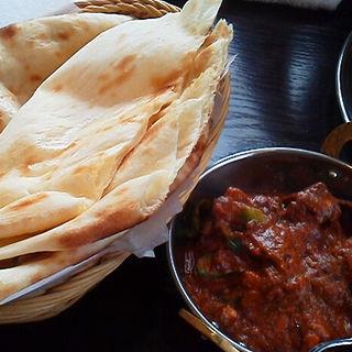 ナンと唐辛子マトン(アーンドラ・ダイニング 銀座 (Andhra Dining GINZA))