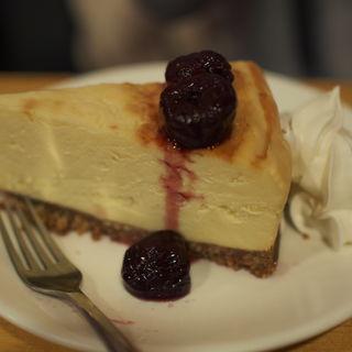 ヨコスカチェリーチーズケーキ(TSUNAMI)
