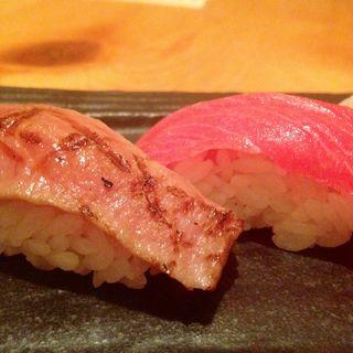 炙りトロと中トロのにぎり(すし屋魚真 下北沢店 (すしやうおしん))