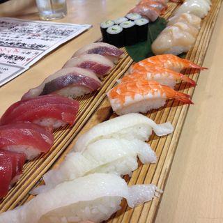 寿司30カン盛り合わせ(海鮮うまいもんや 浜海道 春日本店)