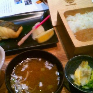 鱈の西京漬け定食 (たんぼ )