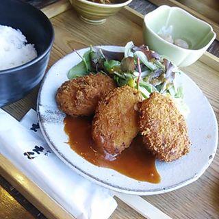 カニクリームコロッケ定食(和食 えん 東京ドームシティミーツポート店 )