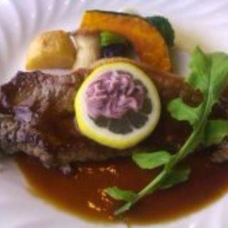 【シェフおすすめランチ】 肉料理(Restaurant&Sweets花の妖精)