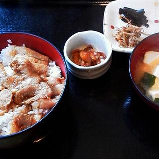 肉味噌漬け焼き丼 (松ばや)