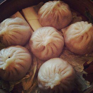 Steamed Juicy Pork Buns (6pieces)(M Shanghai Bistro & Den)