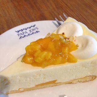 マンゴーレアチーズケーキ(パパジョンズイータリー)