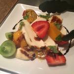 フルーツトマトとモッツァレラチーズのカプレーゼ