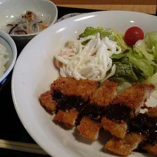 トンカツ定食(ココナノ (cocoNano))