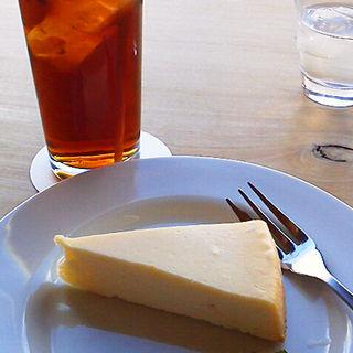 ニューヨークチーズケーキ とアイスティ(蓼科花ファクトリー )