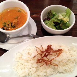 エビとほうれん草のレッドカレー(NAGOMI CAFE)