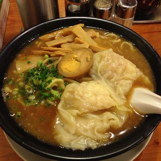 濃厚鶏白湯海老ワンタン麺(広州市場 西新宿店 )