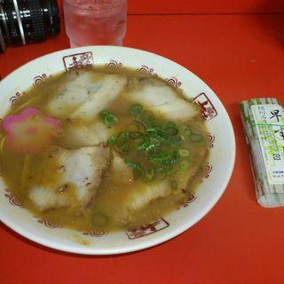 特製中華そば+早すし(井出商店 (いでしょうてん))