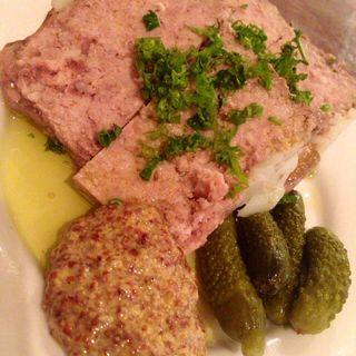自家製豚肉とレバーの香草テリーヌ(BarNogawa)