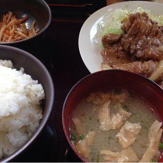 生姜焼き定食(やまや 新橋店 )