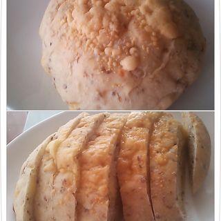 玄米チーズパン(コガメ商店)