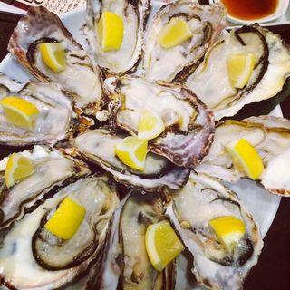 牡蠣食べ放題(プラチナフィッシュ 神谷町店 (白金魚 PLATINUM FISH))