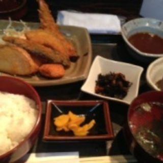 フライ定食(北浜ひな)